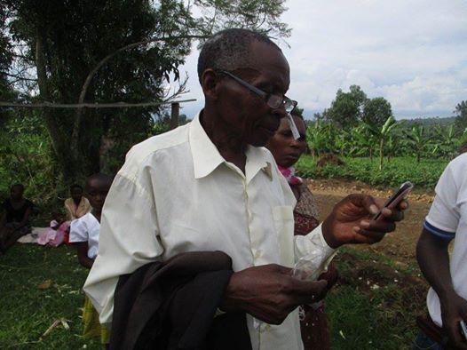 reading-glasses-change-lives