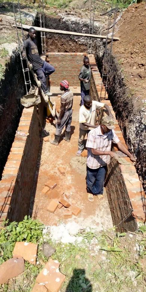 sewage tank construction for latrine block