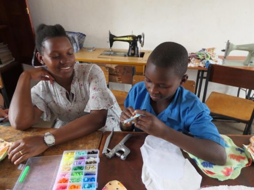 teaching a pupil to make sanitary pads